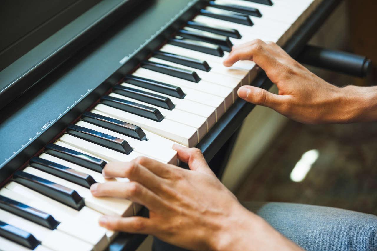 Curso de Piano Heitor Castro Método Tríade